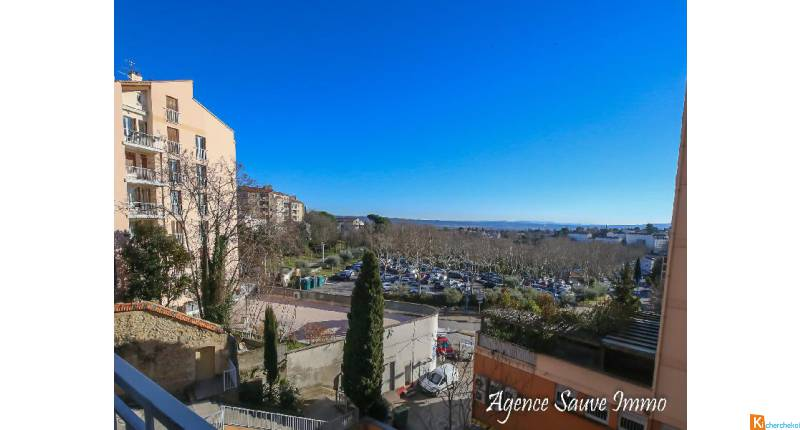 Manosque centre studio avec ascenseur