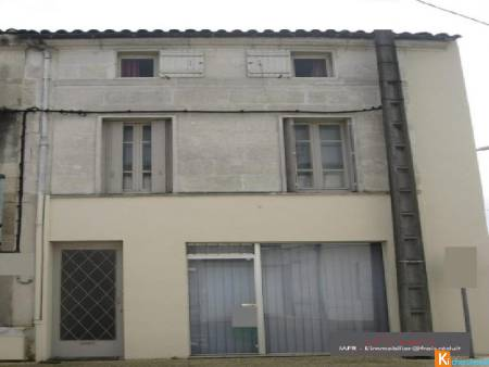 LOCAL PROFESSIONNEL + APPARTEMENT - Saintes