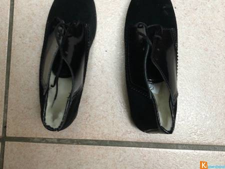 Chaussures neuves taille 39