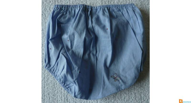 Culotte bleue taille 3 mois neuf (128)