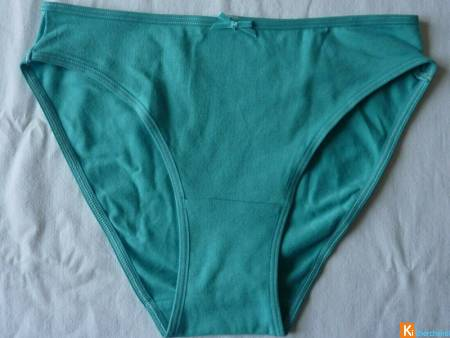 Culotte Turquoise taille S neuf (415)