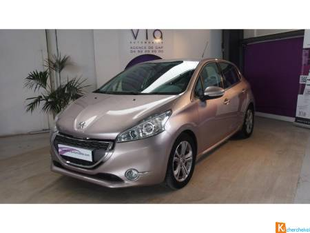 Peugeot 208 1.6 Vti 16v  Berline Allure Phase 1