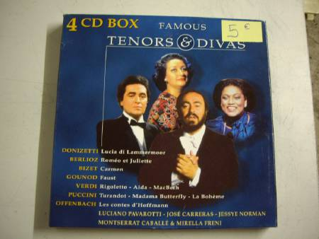 Coffret 4 CD Box Famous Tenors & Divas à 5 €