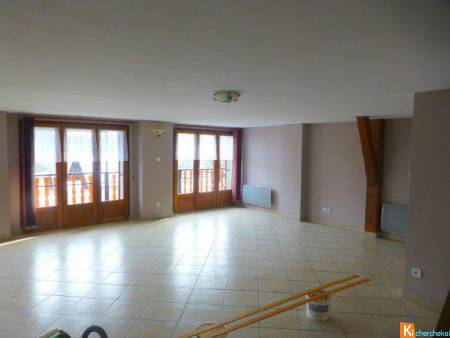 Grand appartement T3 duplex