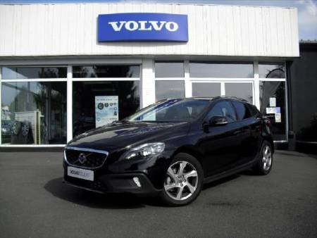 Volvo V40 cross country D2 115ch Momentum S&S