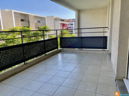 SAINT JEAN DE VEDAS- APPARTEMENT T3 62m2