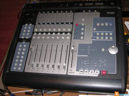 Console Tascam