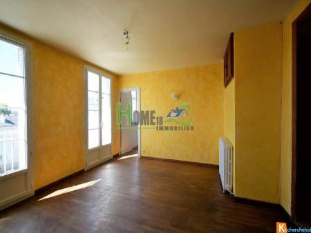 BOURGES APPARTEMENT F3