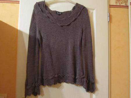PULL TAILLE 2 FEMME
