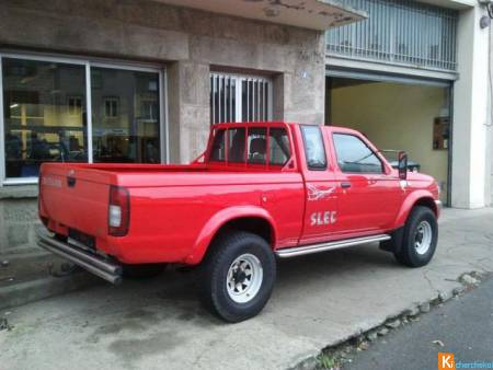 Nissan pick Up 2.5 tdi / 4x4