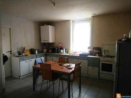 ESCAUTPONT (59278): GRAND APPARTEMENT 1 CHAMBRE 1 BUREAU