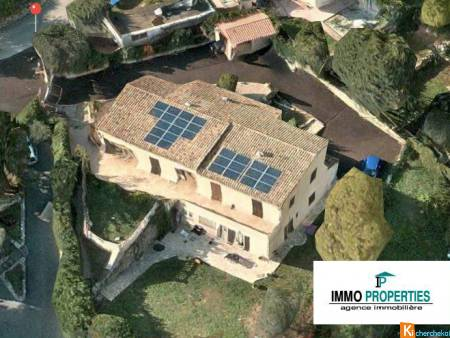VILLA DE 150 m2  + 3 PIECES - Grasse