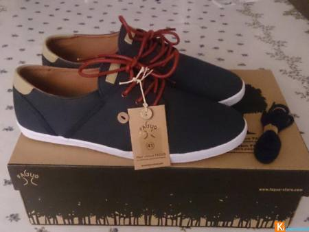 Chaussures Faguo Cypress marine/rouge, Neuf