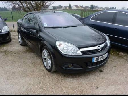 Opel Astra 1.9 CDTI 150CH twintop cabriolet