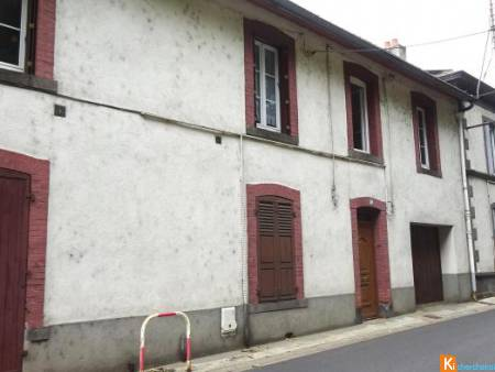 lot immobilier de cinq appartements - Thiers