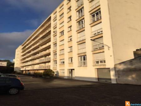 NANCY HOPITAL CENTRAL IDEAL INVESTISSEUR T2 - 48 m² AVEC STATIONNEMENT PRIVATIF
