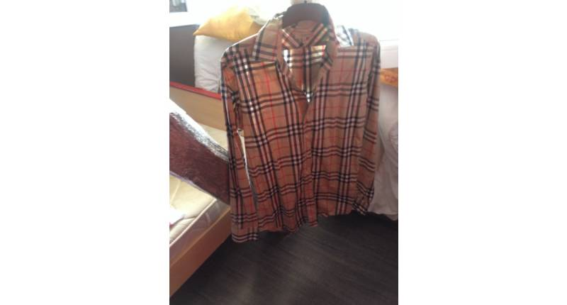 2a32af1fb96 chemise-burberry-homme-taille-s-1 800x430.jpg