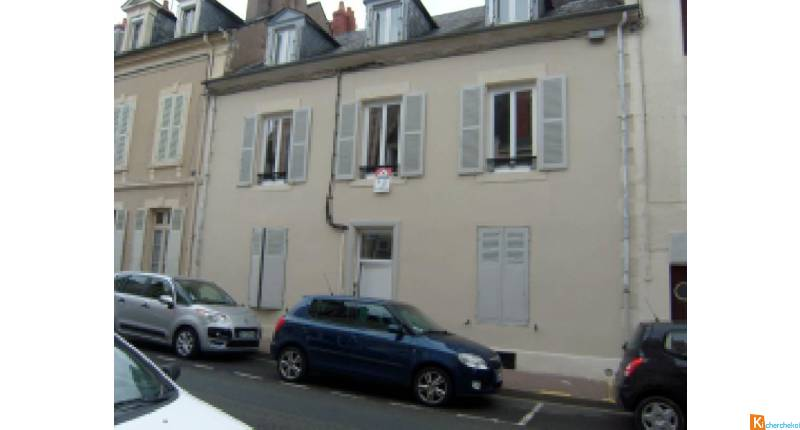 Immeuble de 4 appartements refaits à neuf centre ville de Nevers