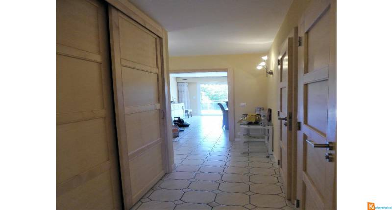 ROYAN APPARTEMENT TYPE 3 RENOVATION COMPLETE