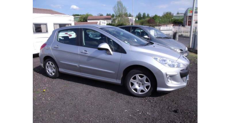 Peugeot 308 1.6 HDi90 Business Pack 5p