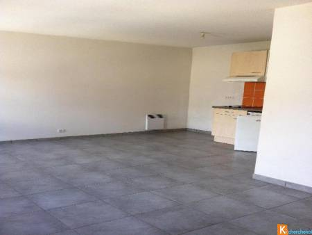 LOCATION A PERPIGNAN, appartement Type 2, parking 495€CC Casting immobilier