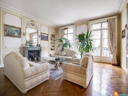 Paris 16, appartement de grand standing de 7P/ 238 m².