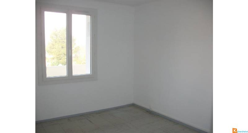 LOCATION: ORANGE - Appartement 4 pièces de 70 m2 env.