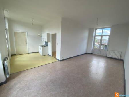 Appartement de 62.79m2 en location à Loudun (86)