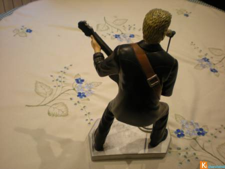Statuette Johnny Halliday avec signature