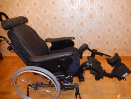 Fauteuil roulant neuf