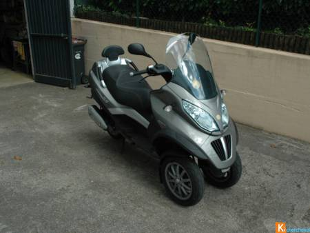 SCOOTER MP 3  LT 300ie
