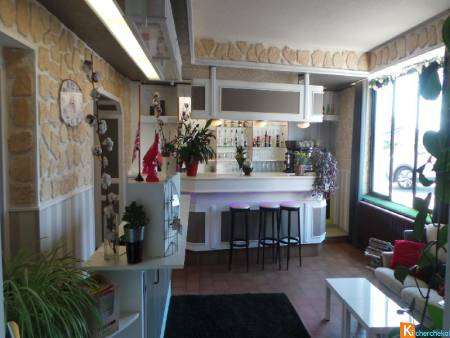 HOTEL RESTAURANT 15 chambres, 110 couverts DIGOIN