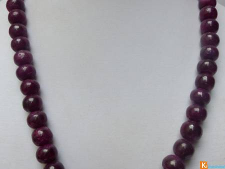 Collier de Rubis en pierre rouge