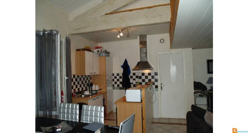 Location Appartement 2 piéces de 54m2 avec Mezzanine et Balcon et Place de parking à Valergues