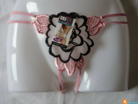 String ouvert rose taille unique neuf (525)