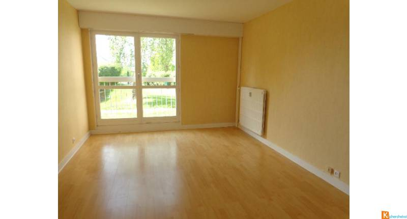 Appartement - proche grands axes - CHARTRES