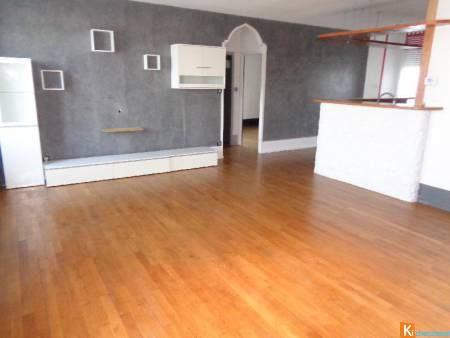 APPARTEMENT CLASS T3-70 m2- BEAUCOURT PLEIN CENTRE