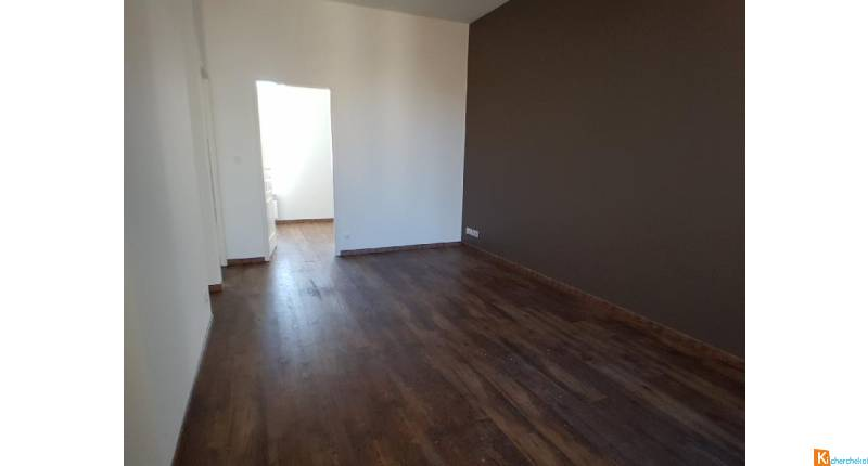 APPARTEMENT T4 - CENTE VILLE ROCHEFORT