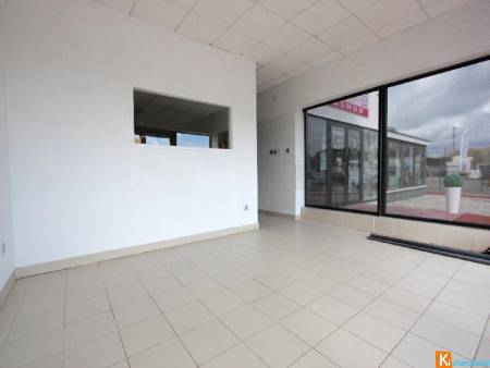 Local commercial 100 m2 - Cavignac