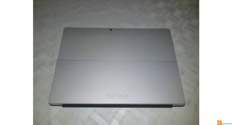 Surface Pro i5/256Go SSD/8Go RAM + accessoires TBE