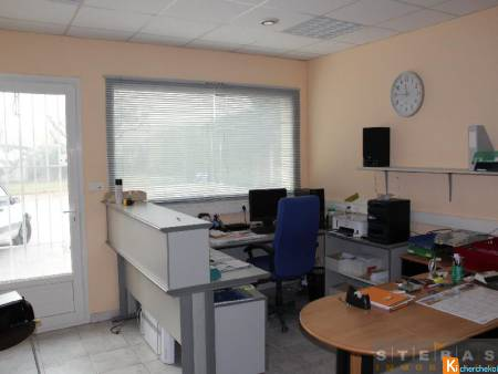 Bureau commercial - 41m2 -  SARRIANS