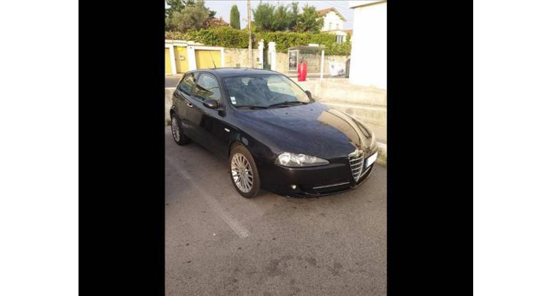 ALFA ROMEO 147 147 - 1.9 JTD150 Multijet Distinctive 3p