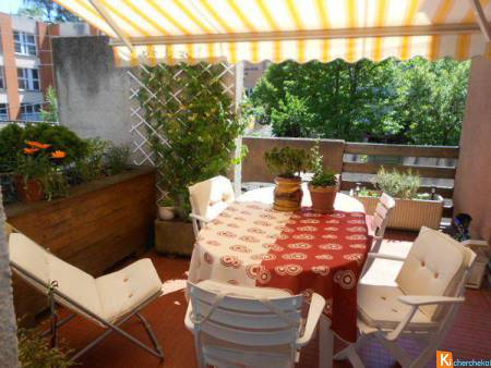 APPARTEMENT EN VIAGER OCCUPE 1 TETE 74 ANS
