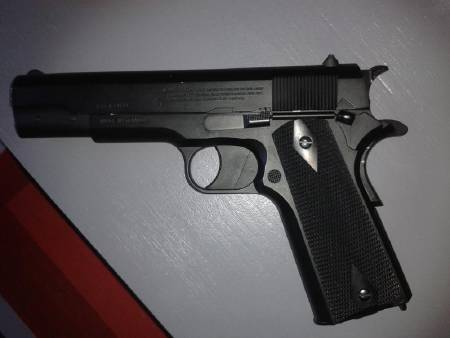 Colt 1911 CrosMan Full metal