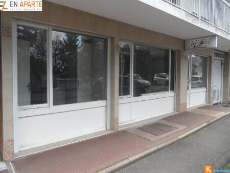 Locale commercial vide