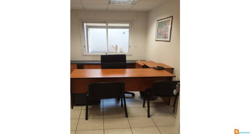 Bureau zone franche centre d affaires location appartement ou