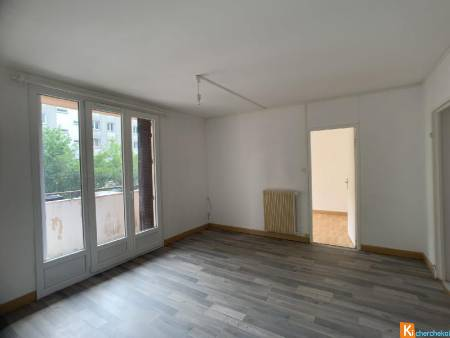 Appartement 60 m2 F4 - Luxeuil-les-bains