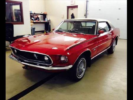Ford Mustang V8 coupe 302ci