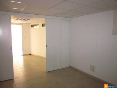 HYERES centre - local professionnel ou commercial 44 m2