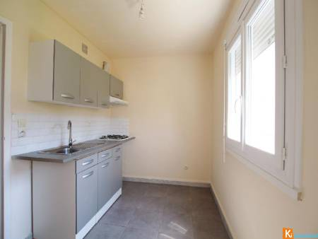 Appartement 32,50 m2 parking et cave